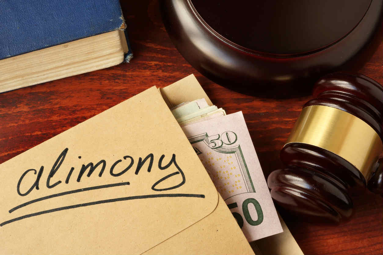 alimony money in envelope